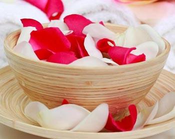 домашний шампунь с розовой водой