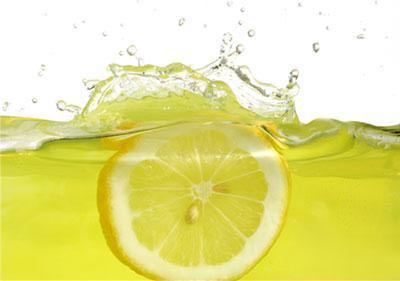 лимонный сок для улучшения структуры волос