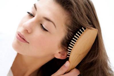 массаж для роста волос щеткой