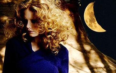 стрижка волос на убывающей луне