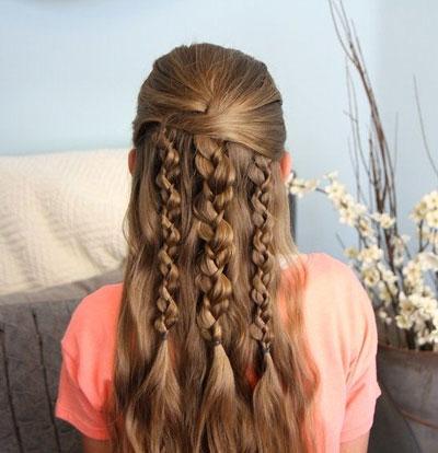 прическа с 3 косами